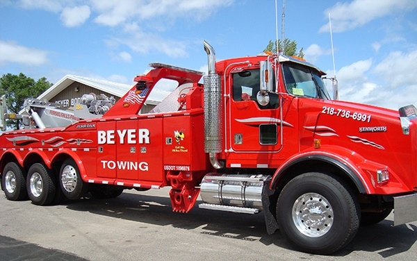Red Beyer Towing Tow Truck